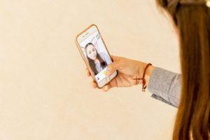 子どもに教える「自画撮り被害」の予防と対策